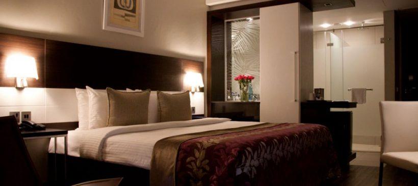 EKA_Hotel_bedroom