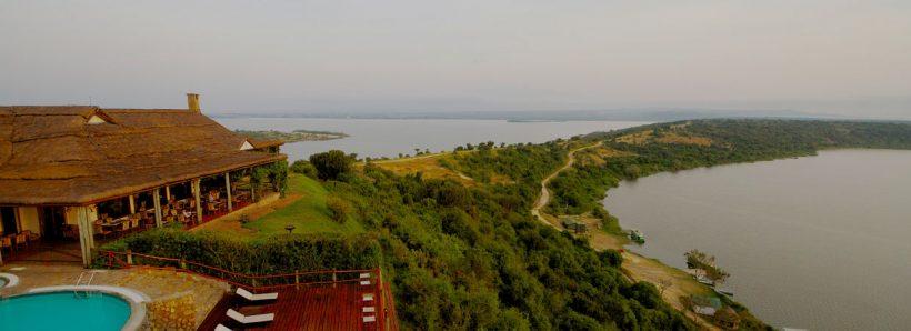Mweya_terrace1